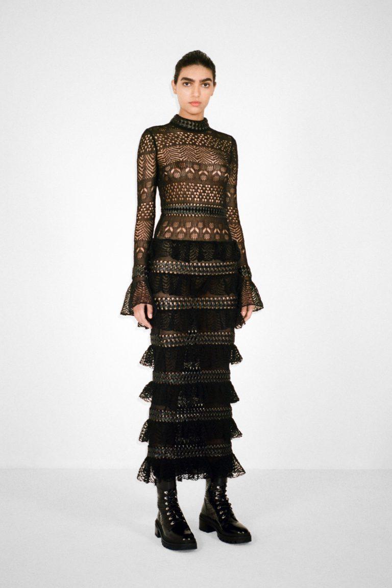 00008-alaia-couture-fall-21-credit-pierre-ange-carlotti