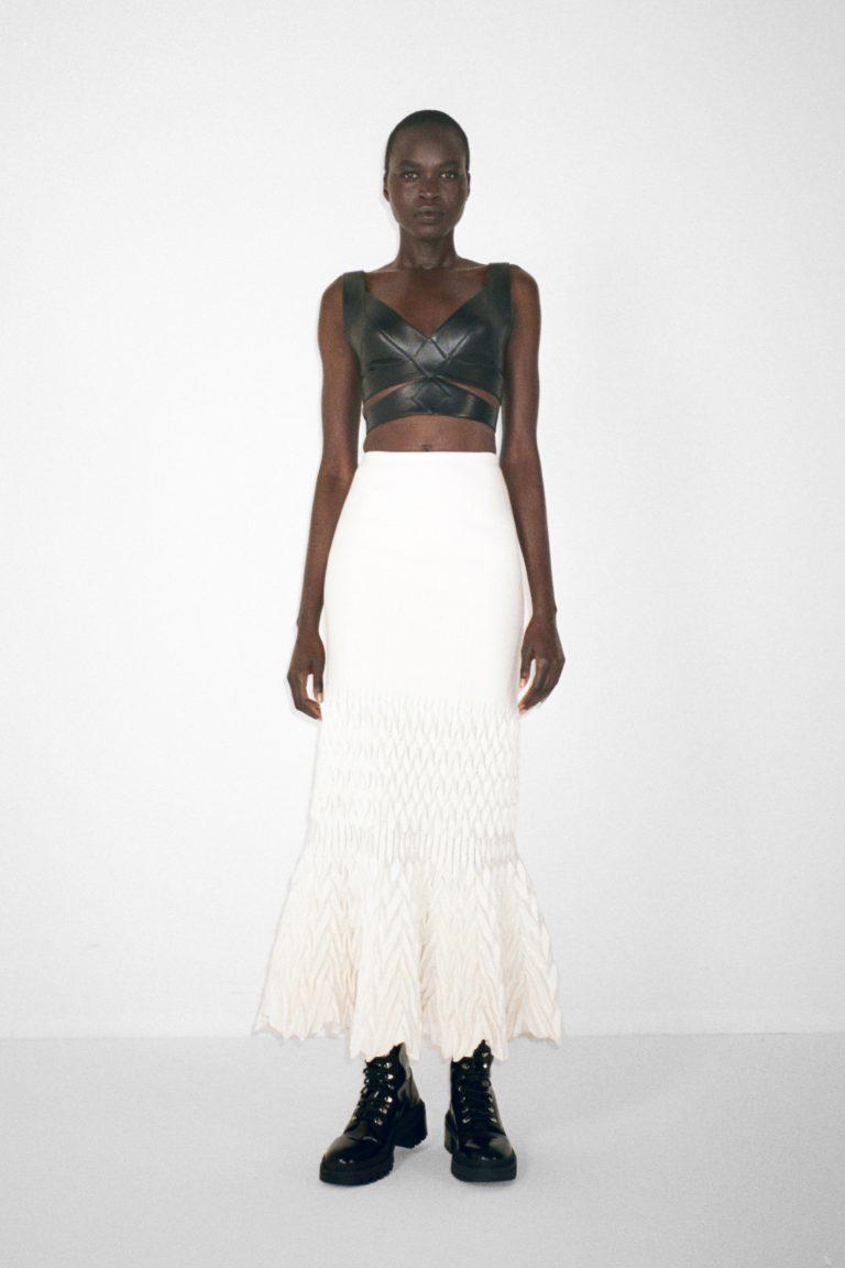 00027-alaia-couture-fall-21-credit-pierre-ange-carlotti